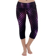 Fabulous Purple Pattern Wallpaper Capri Yoga Leggings