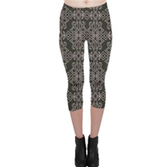 Line Geometry Pattern Geometric Capri Leggings