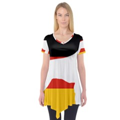 German Wirehaired Pointer Silo On Flag Short Sleeve Tunic