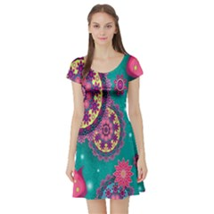 Vintage Butterfly Floral Flower Rose Star Purple Pink Green Yellow Animals Fly Short Sleeve Skater Dress