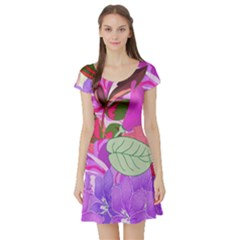 Abstract Flowers Digital Art Short Sleeve Skater Dress