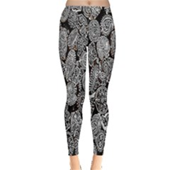Black And White Art Pattern Historical Leggings