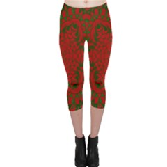 Christmas Kaleidoscope Art Pattern Capri Leggings