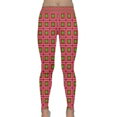 Christmas Paper Wrapping Classic Yoga Leggings