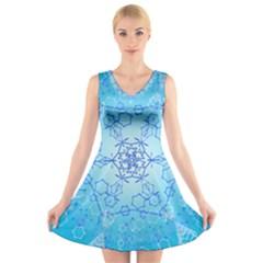 Design Winter Snowflake Decoration V Neck Sleeveless Skater Dress