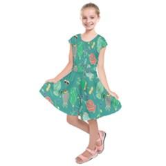 Floral Elegant Background Kids  Short Sleeve Dress