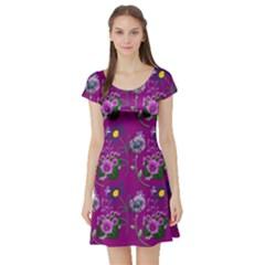 Flower Pattern Short Sleeve Skater Dress