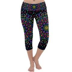 Fractal Texture Capri Yoga Leggings