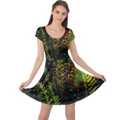 Green Leaves Psychedelic Paint Cap Sleeve Dresses