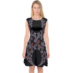 Fractal Complexity Geometric Capsleeve Midi Dress