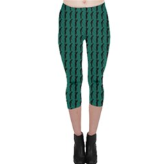 Golf Golfer Background Silhouette Capri Leggings