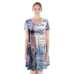 Hong Kong Travel Short Sleeve V-neck Flare Dress