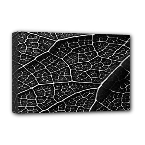 Leaf Pattern  B&w Deluxe Canvas 18  X 12