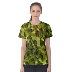 Olive Seamless Camouflage Pattern Women s Cotton Tee