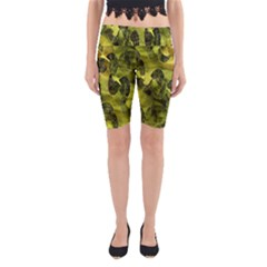 Olive Seamless Camouflage Pattern Yoga Cropped Leggings