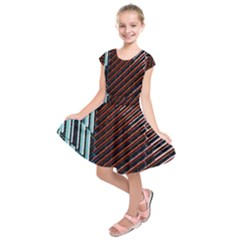 Red And Black High Rise Building Kids  Short Sleeve Dress