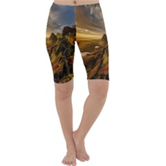 Scotland Landscape Scenic Mountains Cropped Leggings