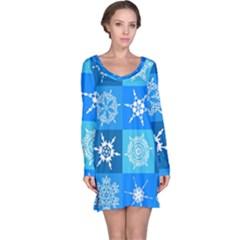 Seamless Blue Snowflake Pattern Long Sleeve Nightdress