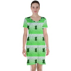 Shamrock Pattern Short Sleeve Nightdress