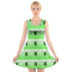 Shamrock Pattern V-Neck Sleeveless Skater Dress