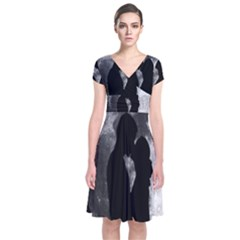 Silhouette Of Lovers Short Sleeve Front Wrap Dress
