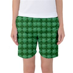 Snowflakes Square Women s Basketball Shorts