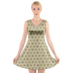 Star Basket Pattern Basket Pattern V Neck Sleeveless Skater Dress