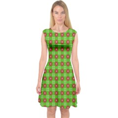 Wrapping Paper Christmas Paper Capsleeve Midi Dress
