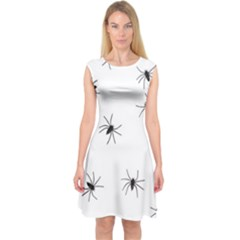 Animals Arachnophobia Seamless Capsleeve Midi Dress