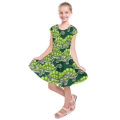 Seamless Tile Background Abstract Turtle Turtles Kids  Short Sleeve Dress