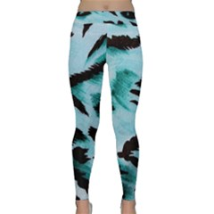 Animal Cruelty Pattern Classic Yoga Leggings