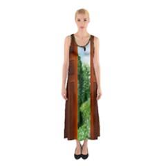 Beautiful World Entry Door Fantasy Sleeveless Maxi Dress