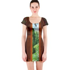 Beautiful World Entry Door Fantasy Short Sleeve Bodycon Dress