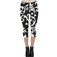 Vector Classical Traditional Black And White Floral Patterns Capri Leggings