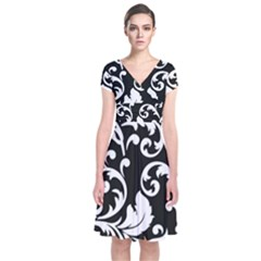 Vector Classical Traditional Black And White Floral Patterns Short Sleeve Front Wrap Dress