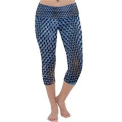 Parametric Wall Pattern Capri Yoga Leggings