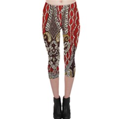 Indian Traditional Art Pattern Capri Leggings