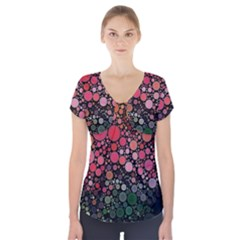 Circle Abstract Short Sleeve Front Detail Top