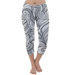 Zentangle Art Patterns Capri Winter Leggings