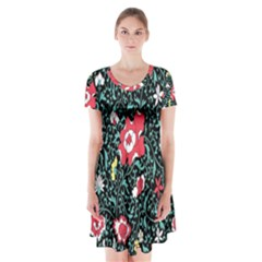 Vintage Floral Wallpaper Background Short Sleeve V-neck Flare Dress