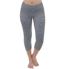 Circular Brushed Metal Bump Grey Capri Winter Leggings