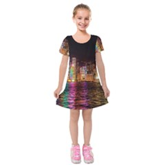 Light Water Cityscapes Night Multicolor Hong Kong Nightlights Kids  Short Sleeve Velvet Dress