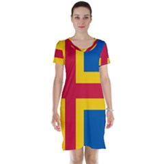Flag of Aland Short Sleeve Nightdress