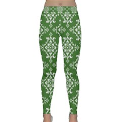St Patrick S Day Damask Vintage Green Background Pattern Classic Yoga Leggings