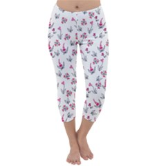 Heart Ornaments And Flowers Background In Vintage Style Capri Winter Leggings