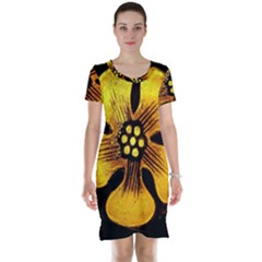 Yellow Flower Stained Glass Colorful Glass Short Sleeve Nightdress