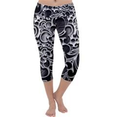 Floral High Contrast Pattern Capri Yoga Leggings