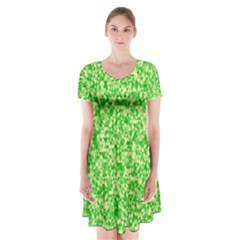 Specktre Triangle Green Short Sleeve V-neck Flare Dress