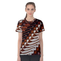 Traditional Batik Sarong Women s Cotton Tee