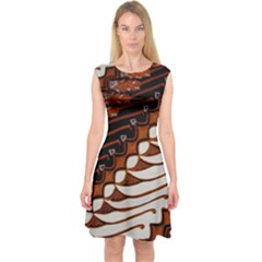 Traditional Batik Sarong Capsleeve Midi Dress